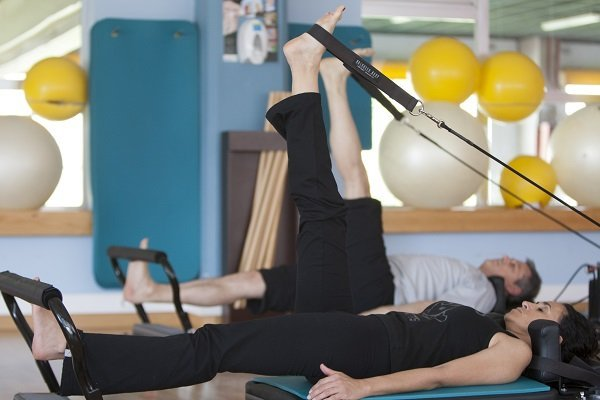th_73d9f63cbf68d5d7391d41bb4dcbecbf_pilates-método-beneficios